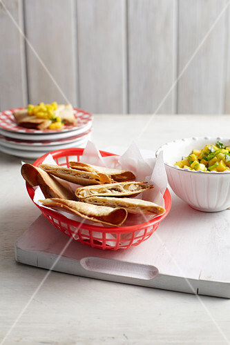 Chicken and Mango Tortillas