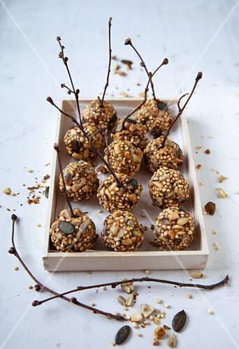 Curried quinoa energy balls