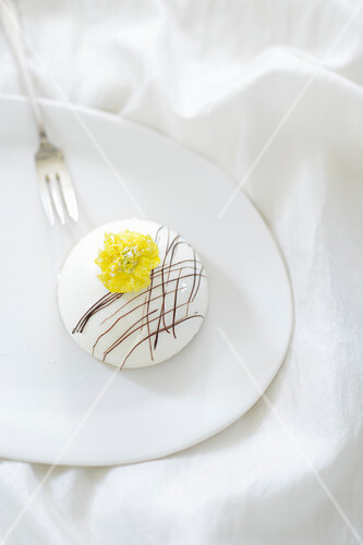 Lemon dome dessert