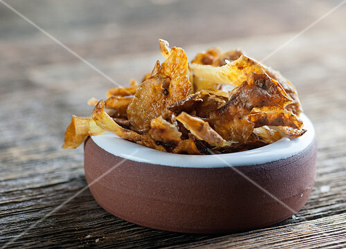 Potato skin chips