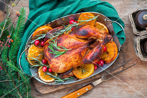 Roasted chicken with oranges and rosemary