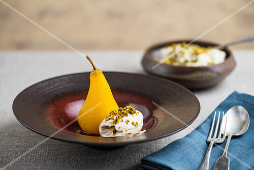 Poached pears with ice cream