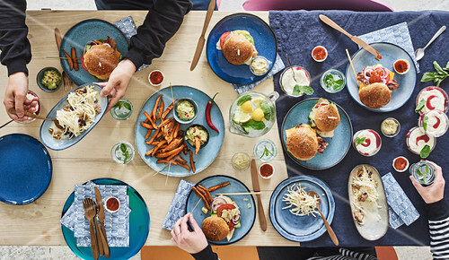 A New York fast food buffet for guests