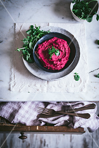 Beetroot hummus on plate