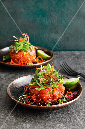 Vietnamese tuna tartare with lime and herb salad