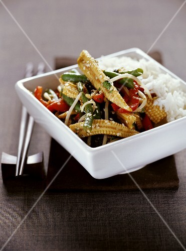 Fried vegetables with sesame and rice (Thailand)