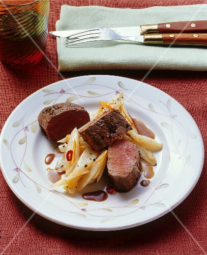 Venison fillet with white asparagus, chili and coffee