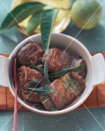 Saltimbocca di agnello (Lamb with ham and sage)