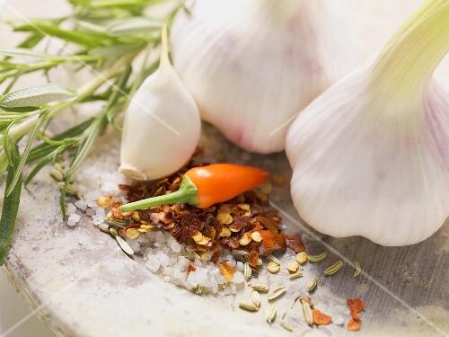 Garlic, chilli and chilli flakes