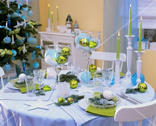 Christmas table decoration in blue and green