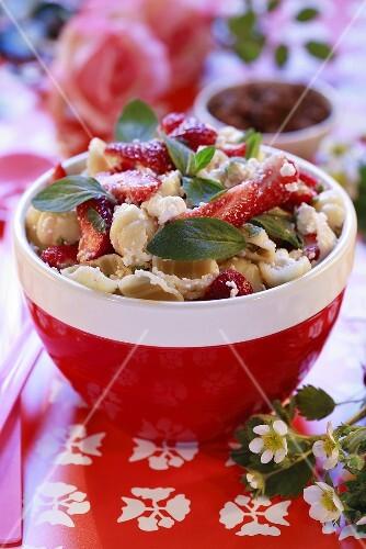 Pasta salad with strawberries