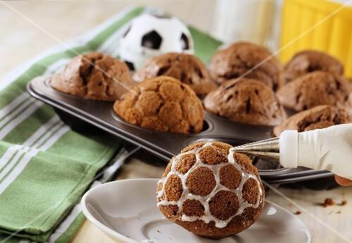 Decorating football muffins