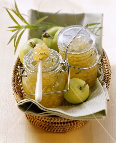 Apple and pear jam with tarragon