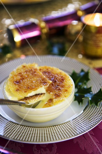 Crème brûlée with mincemeat (Christmas)