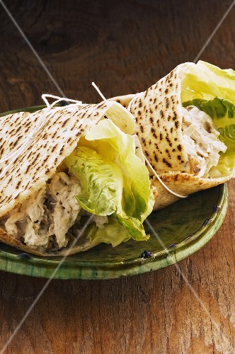 Chicken wraps (naan bread)