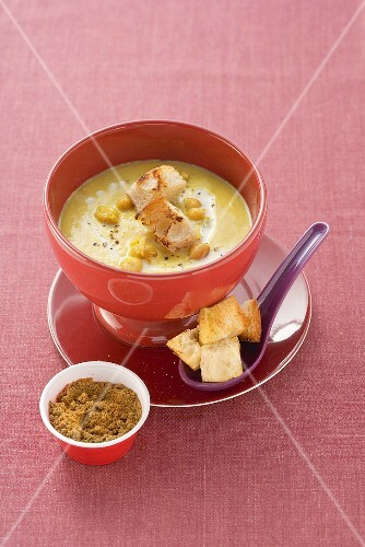Middle Eastern chick-pea soup