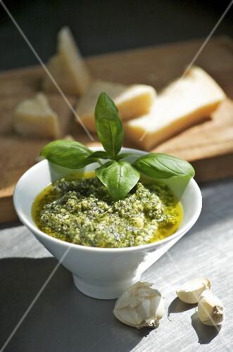 Pesto alla genovese (Basil pesto, Italy)
