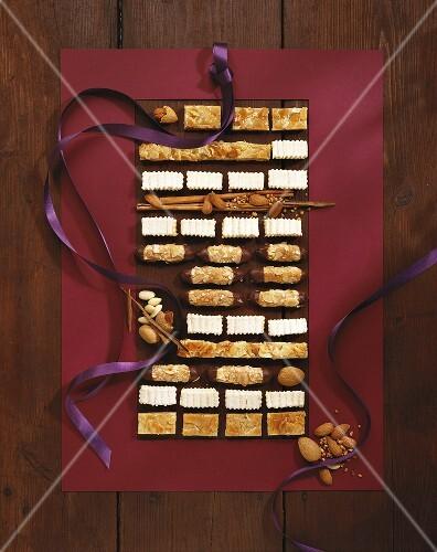 Weihnachtsgebäck Kaufen.Weihnachtsgebäck Königsschnitte Bilder Kaufen 277923 Stockfood
