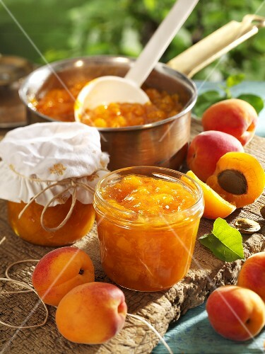 Apricot jam and fresh apricots