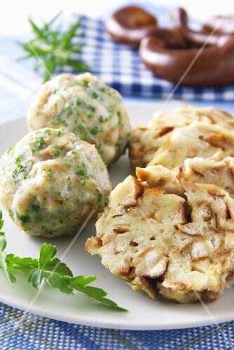 Pretzel dumplings and bread dumplings