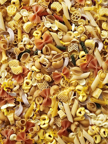 Various types of pasta (macro zoom)