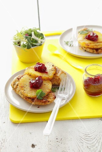 Barbecued chicken fillet with pineapple and cranberry jam