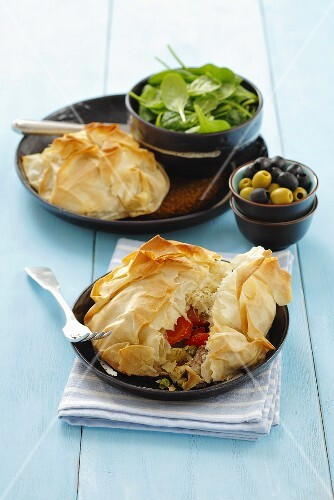 Pork with vegetables in puff pastry