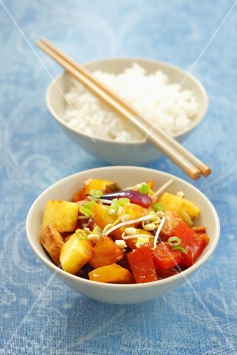 Sweet and sour chicken with pineapple and pepper