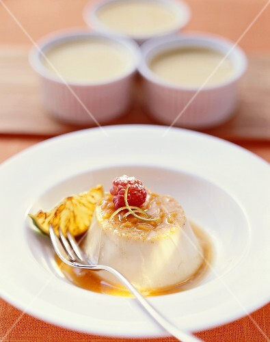 Crème caramel with ginger and lime