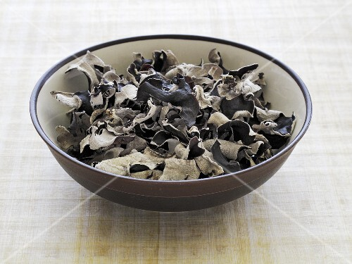 Dried jelly ear fungus in a bowl