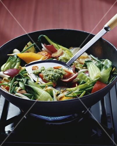Vegetable stir-fry with ginger pesto