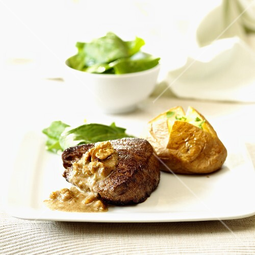 Aberdeen Angus fillet steak with nut sauce & baked potato