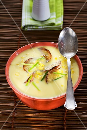 Corn soup with apples