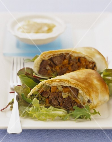Lamb and vegetables in filo pastry