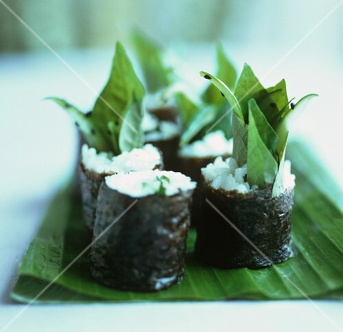 Maki rolls with sweet basil