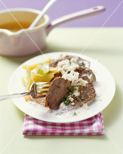 Boiled beef with horseradish