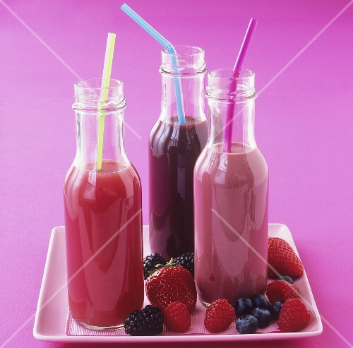 Sweet berry smoothies: strawberry, blueberry and raspberry