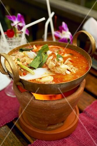 tom yam gung suppe mit garnelen thailand bild kaufen 339577 stockfood. Black Bedroom Furniture Sets. Home Design Ideas