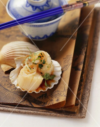 Steamed Singapore scallops