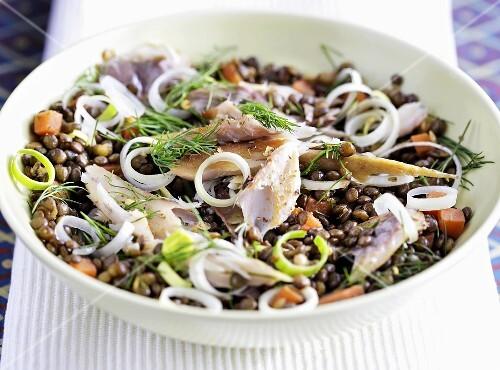Lentil salad with smoked mackerel