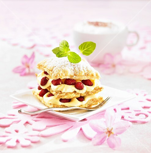 Mille-feuilles with forest fruits and cream