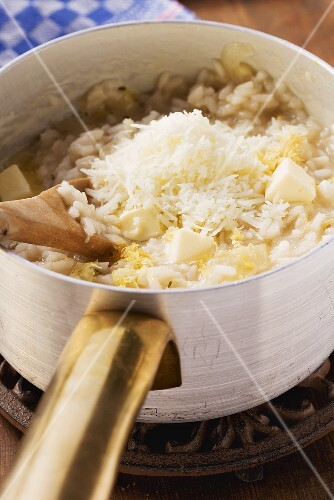 Risotto with chicory and Pecorino cheese