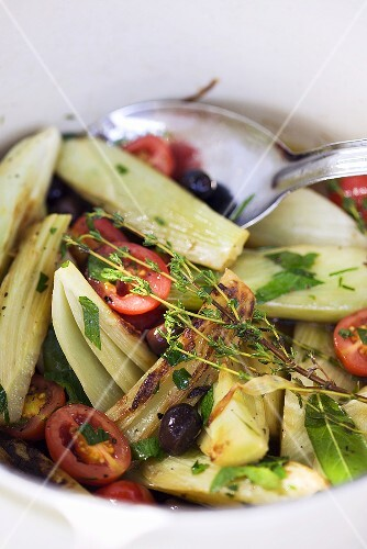 Fennel with tomatoes and olives