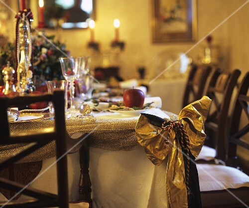 festlich gedeckter tisch zu weihnachten bild kaufen 354111 stockfood. Black Bedroom Furniture Sets. Home Design Ideas
