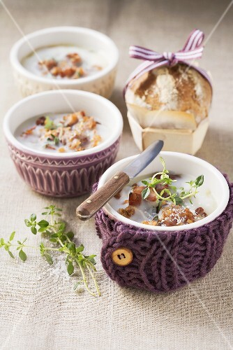 Pork rillettes with apple and thyme