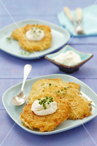 Potato cakes with cream cheese