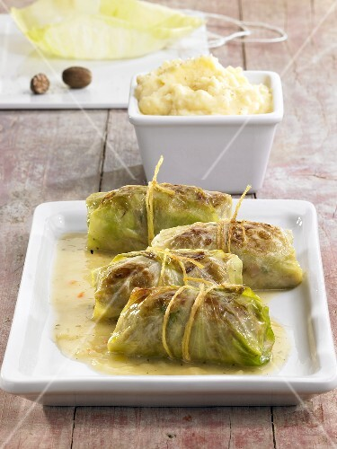 Stuffed cabbage leaves with mashed potato