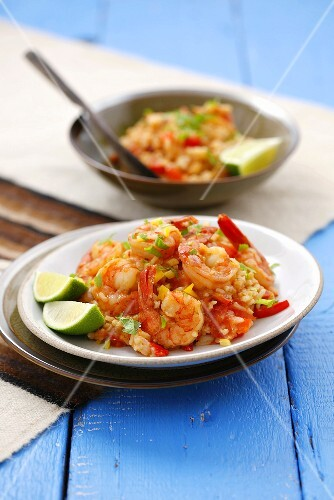 Rice with prawns, peppers, chilli and coriander (Peru)