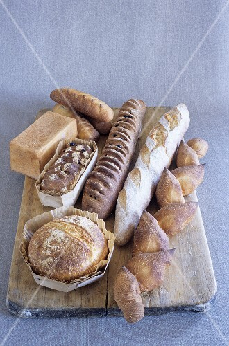 Various types of bread (France)