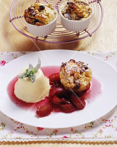 Swabian Ofenschlupfer (baked layered apple dessert) with rhubarb compote and vanilla semifreddo